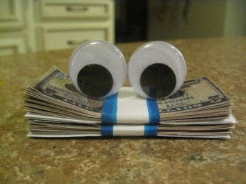 diy-geico-money-stack-with-eyes-photo